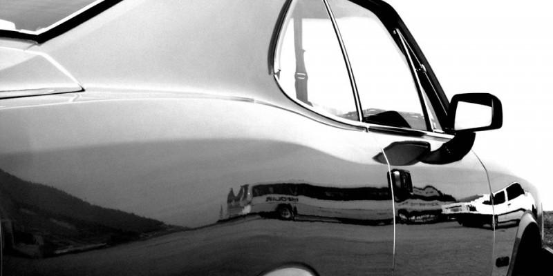As curvas voluptuosas de um Opala - por André Jacquillat