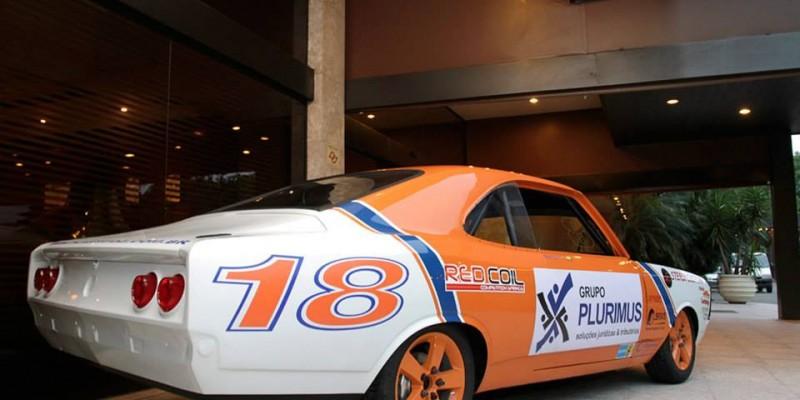 Confira essa OnBoard Lap de Old Stock Car com o piloto Grego Lemonias!