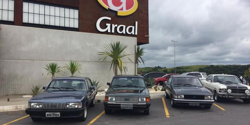 Vem ai o 2° Tudo Para Opala na Estrada no Graal Market em Guararema - SP