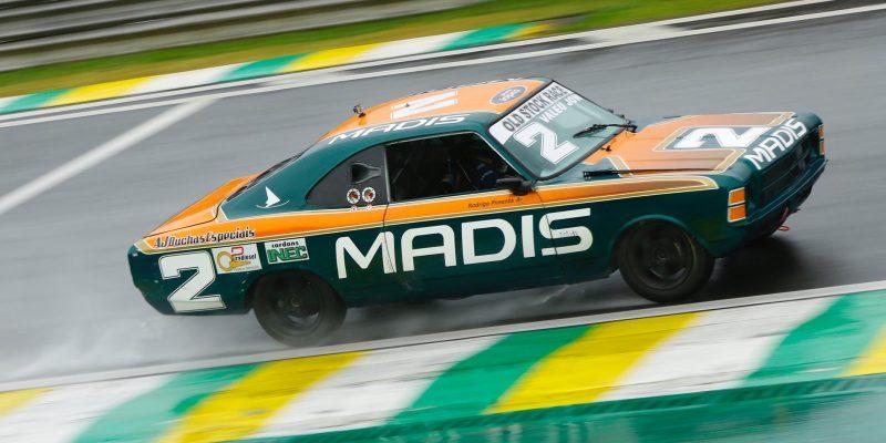 Old Stock Race -  Rodrigo Pimenta mantém liderança, mas Helal segue na briga.