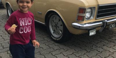 Opalas registrados pela página Carros de Colecionadores no Curtindo a Estrada
