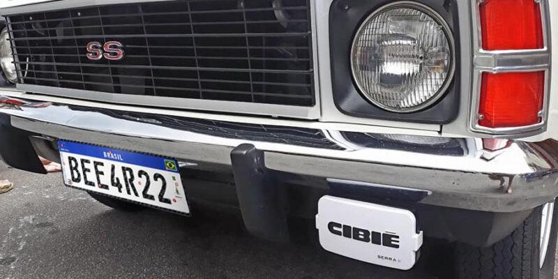 Nova placa Mercosul não será obrigatória em todos os veículos.