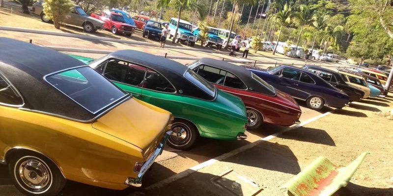 27, 28 e 29 de julho - Encontro Anual de Carros Antigos de São Caetano do Sul.