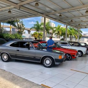 Opala Clube Abc e convidados no Garage Burger Vila Prudente